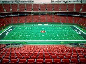 Empty-Giants-Stadium-New-Jersey